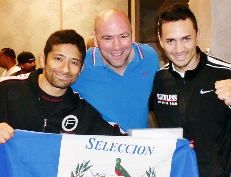 De izquierda a derecha: Luis Ciraiz, Dana White (Presidente de UFC) y Rudy Morales (Primer Guatemalteco en Bellator)
